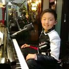 《落雨的秋☔️》送给@梦啊超人 姐姐,谢谢您的支持与礼物🎁。同时也送给喜欢我的你!#钢琴##音乐##校园#