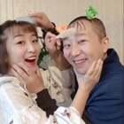 #搞笑#有一对戏精父女的日常!评论里告诉我,到底谁比较萌?😂(点赞+评论抽5个宝贝平分520现金~)假期快乐!❤️