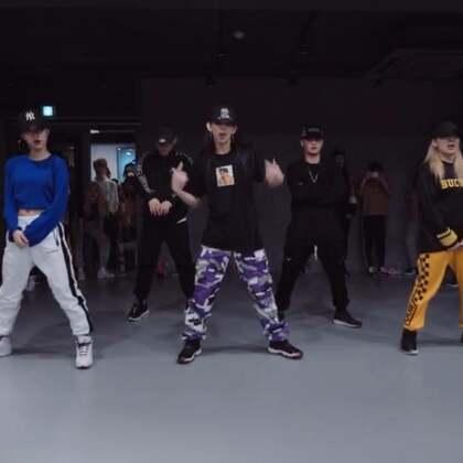 #舞蹈##1milliondancestudio# 【4.29-5.1在重庆】Mina Myoung编舞Flipmode 更多精彩视频请关注微信公众号:1MILLIONofficial 微信客服请咨询:Million1zkk