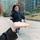 是这么玩的吗😁😁😁#r熙和妈妈##宝宝#
