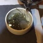 嘉子师姐回来了,共同践行雅士生活,煎茶,抚琴。