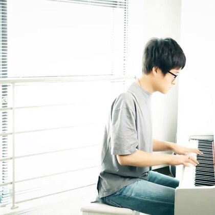 离人愁-钢琴版#音乐##钢琴##离人愁#