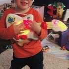 Ethan最晚睡前的即兴表演 真不知道他是从哪里学来的😂#游戏##热门##音乐#