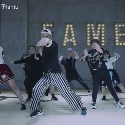 #舞蹈#三月🐰Voguing常规班编舞《功夫FC Vogue Remix by Rabbit Lan》很有儿时情怀的一个曲子😝你玩过小霸王游戏机的功夫吗?👀#Voguing##Vogue#