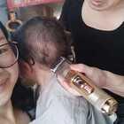 宝宝以为剪头发的师傅是给他打预防针的医生,吓哭了😂😂😂