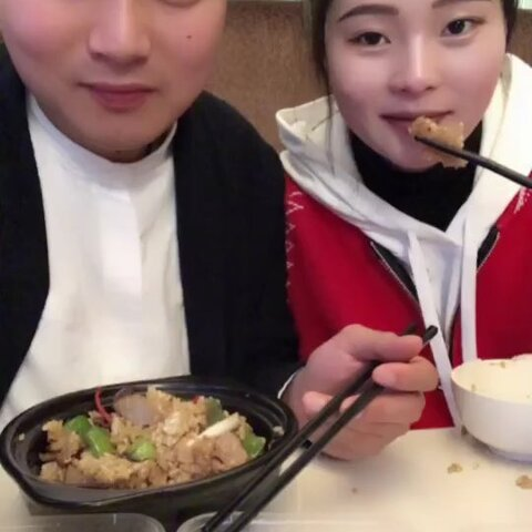 【超超海鲜美拍】#吃秀##热门#出来吃点☺️结婚前...