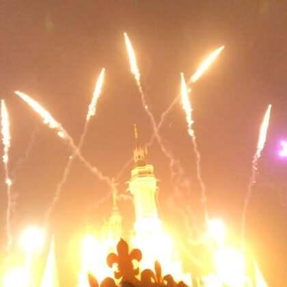 上海迪士尼乐园烟花大赏