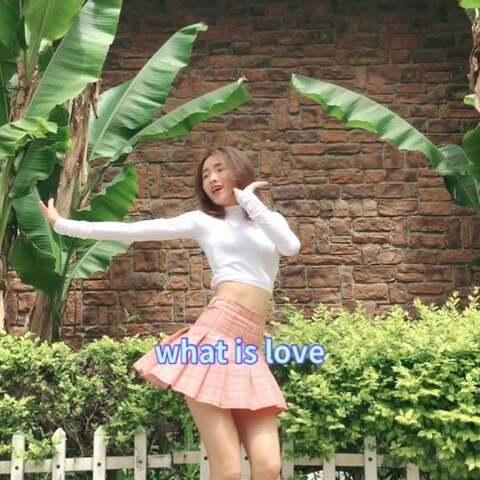 【Amber_豆豆?美拍】#问号舞#先更twice新舞#what is ...