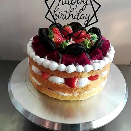 #美食##蛋糕##甜品#喜欢裸蛋糕的给个小爱心❤️噢,感谢支持