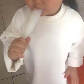 yiyi&熠熠的美拍:微信小视频!今天中午我说想吃