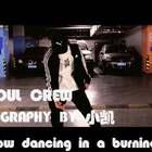 #KingSoul# 新晋启蒙班老师 小凯老师 个人编舞作品 slow dancing in a burning room 帅气耐心有责任 并且一直寻求进步的小凯老师 自己寻求突破的一支编舞 未来很长 努力就会有回报 #舞蹈##音乐#