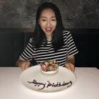 其实每年的生日愿望都一样:健康开心。 想想人生的追求不过如此吧 。