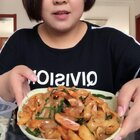 #日志##吃秀##吃货#等过几天选完片,我把照片发上来,也不知道啥样😂😂😂,炒面挺让我惊艳,很好吃!