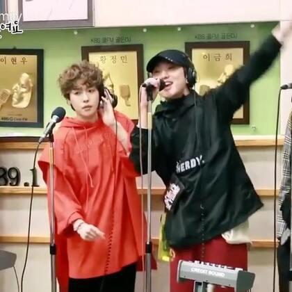 #超好听的现场live# WINNER -《AIR》更多实时资讯👉https://weibo.com/u/2251143403