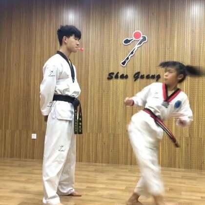 脚踢棒棒糖🍭#精选##运动##跆拳道#