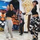 刚学跳舞的你 😂哈哈哈哈哈哈哈哈哈哈哈哈哈哈哈哈哈#什么情况#