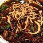 也不知道是谁发明了拉面这种食物,再配上醋跟辣椒油,简直吃到怀疑人生,不说了……我跟大刘现在看着回放咽口水中。#吃秀##刘氏夫妇#