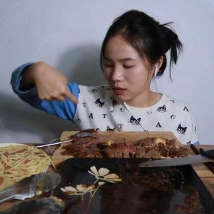 (2) 来挑战一下十份牛排~ 原速链接:http://www.bilibili.com/video/av22464534#吃秀##吃秀#