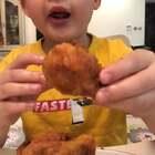 奥尔良炸鸡翅根~深夜放毒啦!脆不脆!光听声音都馋了,馋了要点赞哈。#美食##小白亲子厨房#