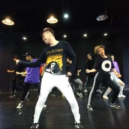 我的新編舞 Disco Drum-Black Caviar Dancers: @DiamondFreak-小时 @DiamondFreak-jtash @DiamondFreak-撕烂 @DiamondFreak-Yanni @玉洁Jaw_JC @DiamondFreak-monDaY @麥yuyu @🍄Sofia_mok🐾 #jazzfunk##爵士舞##舞蹈#