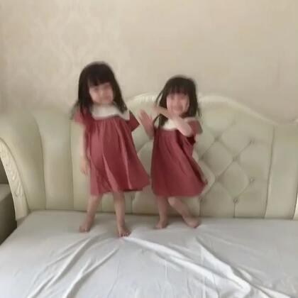 #宝宝##海草舞#@美拍小助手 像两颗海草,海草。