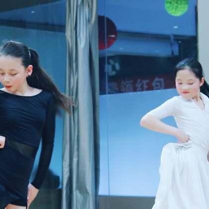 #舞蹈##拉丁舞#跳舞的女生,永远是道靓丽的风景线??