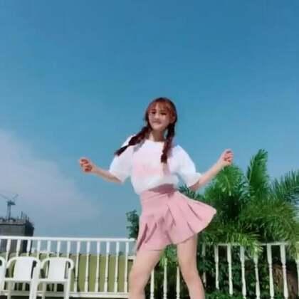 #精选##魔性舞蹈#这楼顶漂亮吧