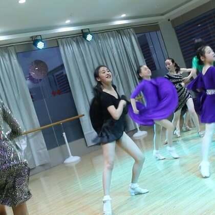 #舞蹈##拉丁舞#模拟赛-牛仔舞,请你当评委??