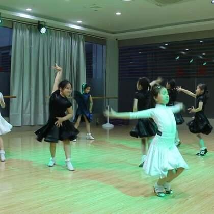 #舞蹈##拉丁舞#6、7、8岁组模拟赛-伦巴,请你当评委??