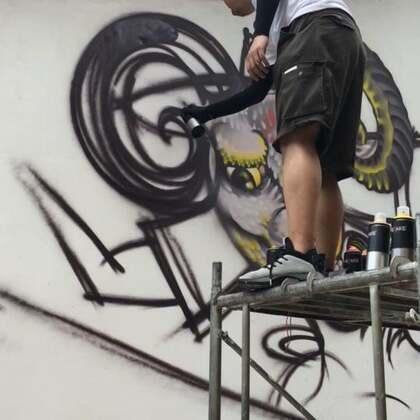 #涂鸦##graffiti##画画#这里的人很热情,这里的太阳也很热情,半天就晒黑了。