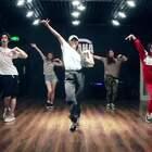 天俏老师@天俏_Mona Jazz课堂视频《Pop It In 2》@嘉禾舞社紫竹桥店· 这学期嘉禾开设了Waacking甩手舞课程,喜欢甩手舞的童鞋们跟我们一起甩起来!#舞蹈##嘉禾舞社#