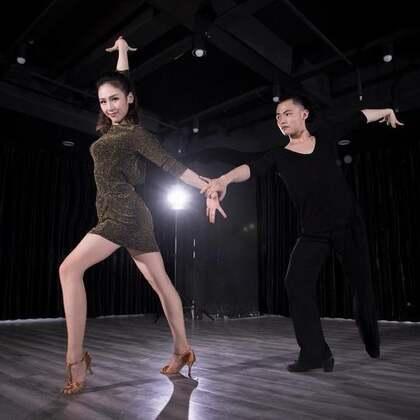 彭震、潘潘老师原创双人拉丁,演绎田馥甄#爱了很久的朋友#。#后来#的你们,怎么样了?#舞蹈#咨询微信:danse112