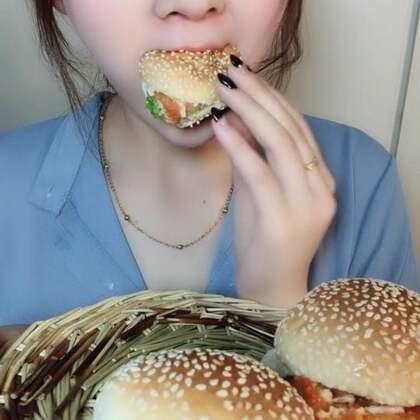 【莹宝🍓(美食主播)美拍】05-03 21:34