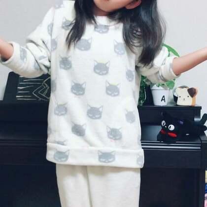 """丽奈中文学校第二节中文课学的第二首儿歌""""两只老虎""""哈哈哈😄听明白丽奈唱什么了嘛😁@美拍小助手 @小慧姐在日本 #我的假期日记##宝宝##音乐#"""