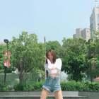 #精选##粉扑舞#化妆 骑摩托 摘星星 好魔性😂😂