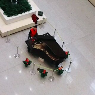 #弹钢琴#在医院看到一个小哥哥在弹钢琴#高手在民间##我要上热门@美拍小助手#