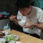 #精选#家教太严了,乘老婆不注意偷偷多吃点!🤣