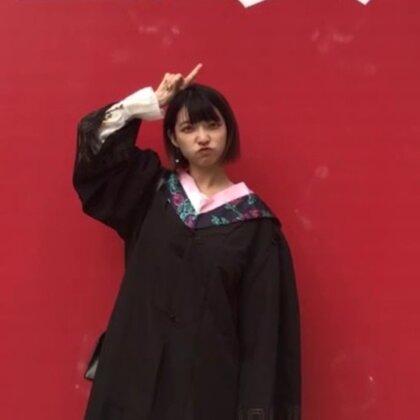 #最美毕业季#拍照显脸瘦的方法,希望明年今日的大家能完成自己毕业时的梦想