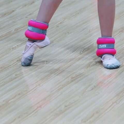 【宝儿小公举美拍】#舞蹈##拉丁舞#你能为学舞付出多...