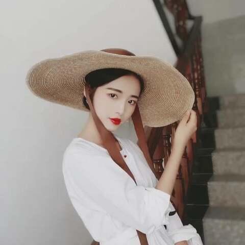 【深海shenhai美拍】#精选#这个帽子是否够大