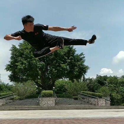 #运动#炎炎夏日,刻苦训练。#我要上热门#