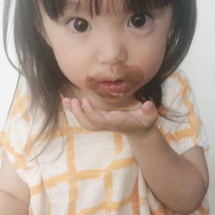 咩咩:夏天和冰淇淋最配哦~😋#宝宝#@宝宝频道官方账号 @美拍小助手