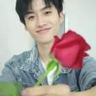 送你99朵玫瑰花养身,再送一支玫瑰花爱你520😘#搞笑##精选##520告白挑战#
