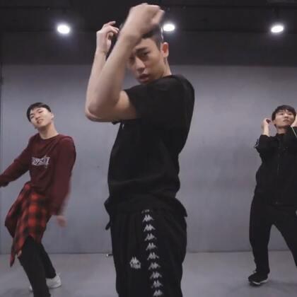 #舞蹈##1milliondancestudio# 【1M】Gosh编舞Judas 更多精彩视频请关注微信公众号:1MILLIONofficial 微信客服请咨询:Million1zkk