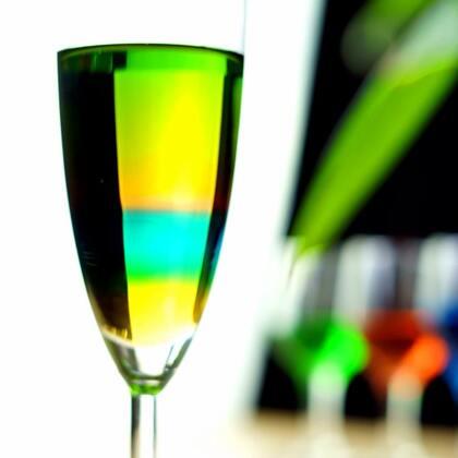 #手工#手把手教你做个彩虹瓶,孩子看到了肯定喜欢❤️#自制彩虹瓶##科学小实验#