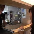 西安交大硕士辞国企工作摆摊卖肠粉,只因一见钟情的广东老婆爱吃#二更视频##美食##我要上热门#