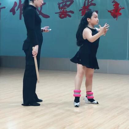 #舞蹈##拉丁舞#小课随堂记录📝打磨一个动作