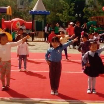 #妙蛋在幼儿园排练六一儿童节表演的舞蹈和小小节目主持人##妙儿日常#