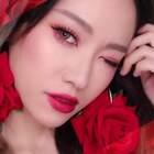 超详细的眼妆配色,详细版看我主页的视频哈~你们别看这个妆很红就不日常啦~还是很实用的~#高颜值##美妆#