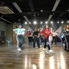 #精选##舞蹈#有幸上到《这就是街舞》小P老师的课堂~爽爆了真的~好汉歌🎵是真喜欢💕就是没穿对衣服😂~